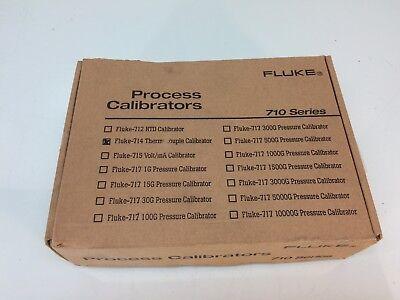 New Fluke 714 Thermocouple Temperature Calibrator