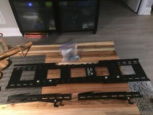 Up to 80' Flat Screen TV Wall Mount