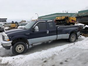 CAMION FORD F450 2005 DOUBLE ROUES