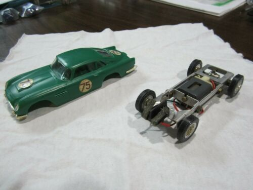 Used Vintage Revell 1/32 Scale Aston Martin DB5 Slot Car Body Green w/ Chassis