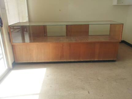 Display counter shop/collector 3metre L X 1.5metre h x 90cm D Nowra Nowra-Bomaderry Preview