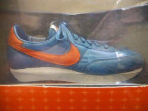 Nike Classics Commemorative Footwear BLUE FIGURINE MINIATURES 2000 Bowen  Design
