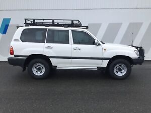 1999 Toyota landcruiser turbo diesel 100 series wagon