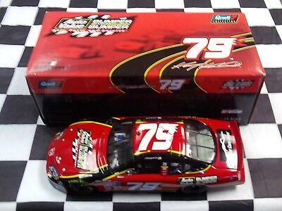 Kasey Kahne #79 Auto Value Bumper to Bumper 2005 Charger 1:24 NASCAR Revell - Kasey Kahne Bumper