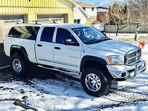 2006 Dodge Ram 1500 Laramie-REDUCED