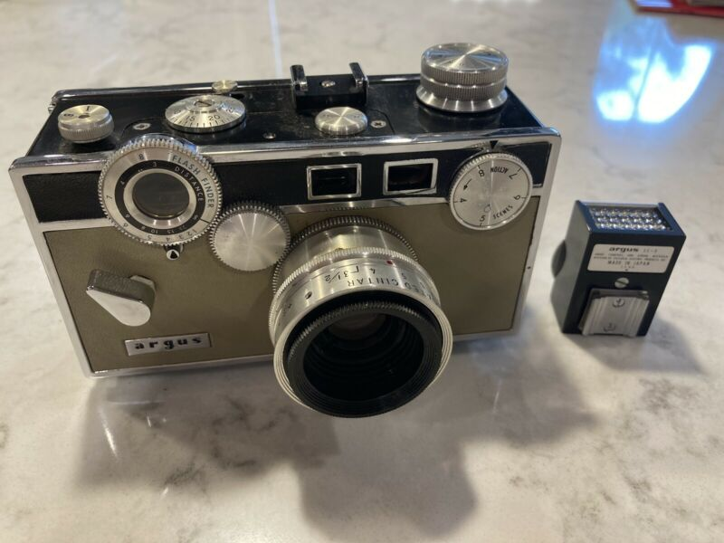 Argus C-3 Match-matic with Meter ,Leather Case and Flash Attachment