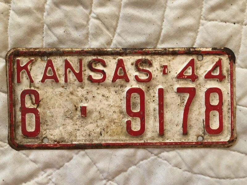 1944 Kansas License Plate 6 9178