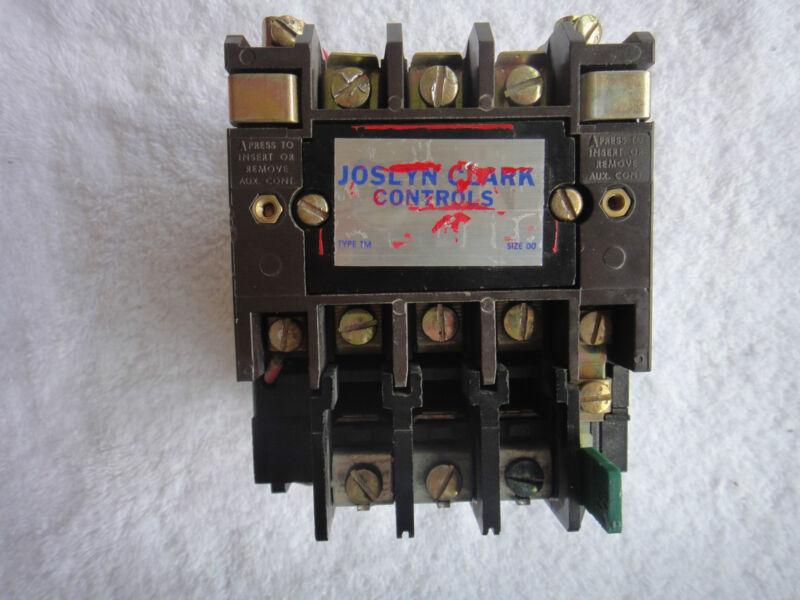 Joslyn Clark Controls Contactor  NEMA size 00       A13U03A
