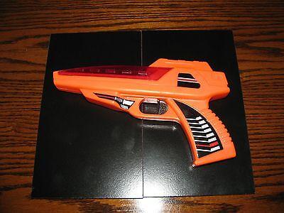 Vintage 1990's SPACE TOY - ORANGE LAZER/FAZER GUN!!  WORKS!!