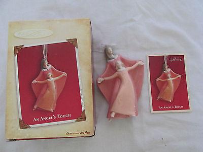 Nuevo en Caja Hallmark un Angel's Touch Navidad Recuerdo Ornamento Porcelana