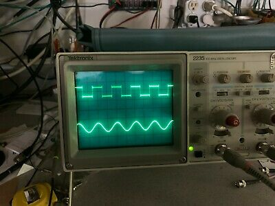 Tektronix 2235 100mhz 2 Channel Oscilloscope With Manual2 Probesand Power Cord