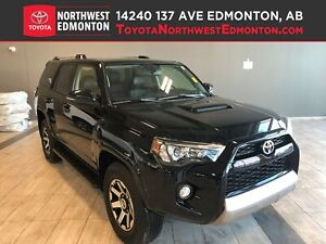 2018 Toyota 4Runner 4DR SUV | 4WD | Leather | Backup Cam | Siriu