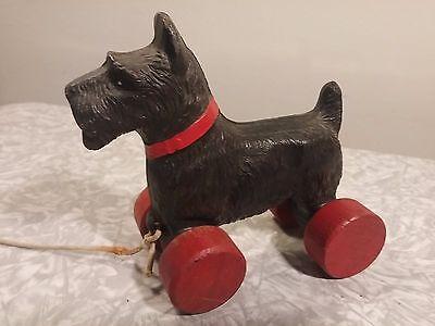 Vintage Pull Toy Composition Scottish Terrier Scottie Dog Wood Wheels Black Red