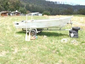 Aluminium Dinghy 14 ft Huon Valley Preview