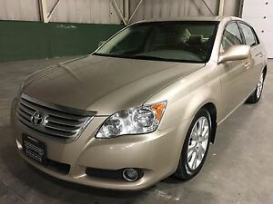 2009 Toyota Avalon XLS, Navi, Bluetooth, Long Wheel Base, Local!