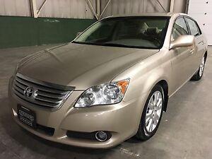 2009 Toyota Avalon XLS, Navi, Bluetooth, Long Wheel Base, Local!