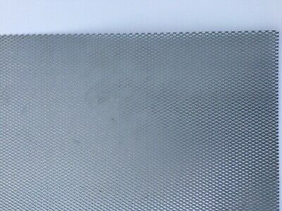 Steel Metal Mesh Perforated Diamond Holes Expanded 3ft X 7ft Screen