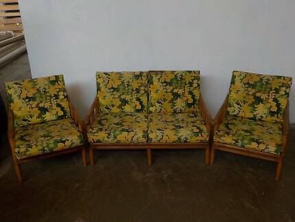 B32055 Vintage 3piece RETRO Cane Lounge Suite Mount Barker Mount Barker Area Preview