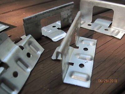 Lot Of 70 G 1.5 Metal Roofing Snap Lock Standing Seam Panel Clips 1.5 X 3.5