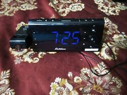 USB Charging Alarm Clock Radio with Time Projection Battery Backup Auto Time Set