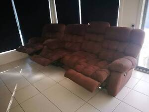 Lounge suite 2xsingle seater and 1x 3seater recliners Carseldine Brisbane North East Preview