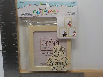 MAKE IT CHRISTMAS HOLIDAY ORNAMENT FRAMES TO DECORATE 3 PACK WOOD NEW #11691 ()