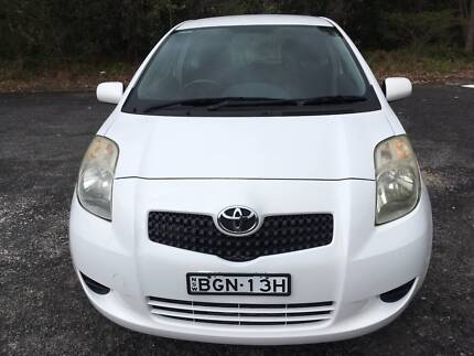 Toyota Yaris YRS 3DR Hatch White 5 speed manual ** 8mths rego ** Umina Beach Gosford Area Preview