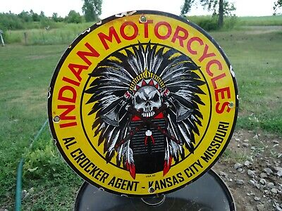 OLD VINTAGE 1932 INDIAN MOTORCYCLES PORCELAIN ENAMEL DEALER SIGN KANSAS CITY