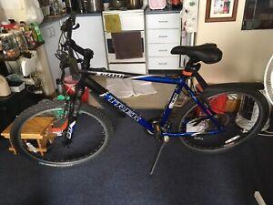 TREK ALPHA 3700 mountain bike