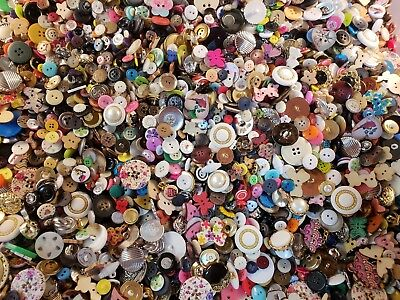 Lot of 100  Mixed Buttons for Sewing, Crafts and Scrapbooking Vintage and New