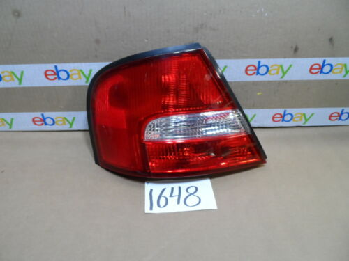 00 - 01 NISSAN ALTIMA DRIVER Side Tail Light Used Rear Lamp #1648-T