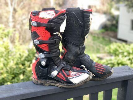 Forma Dominator Motocross Boots