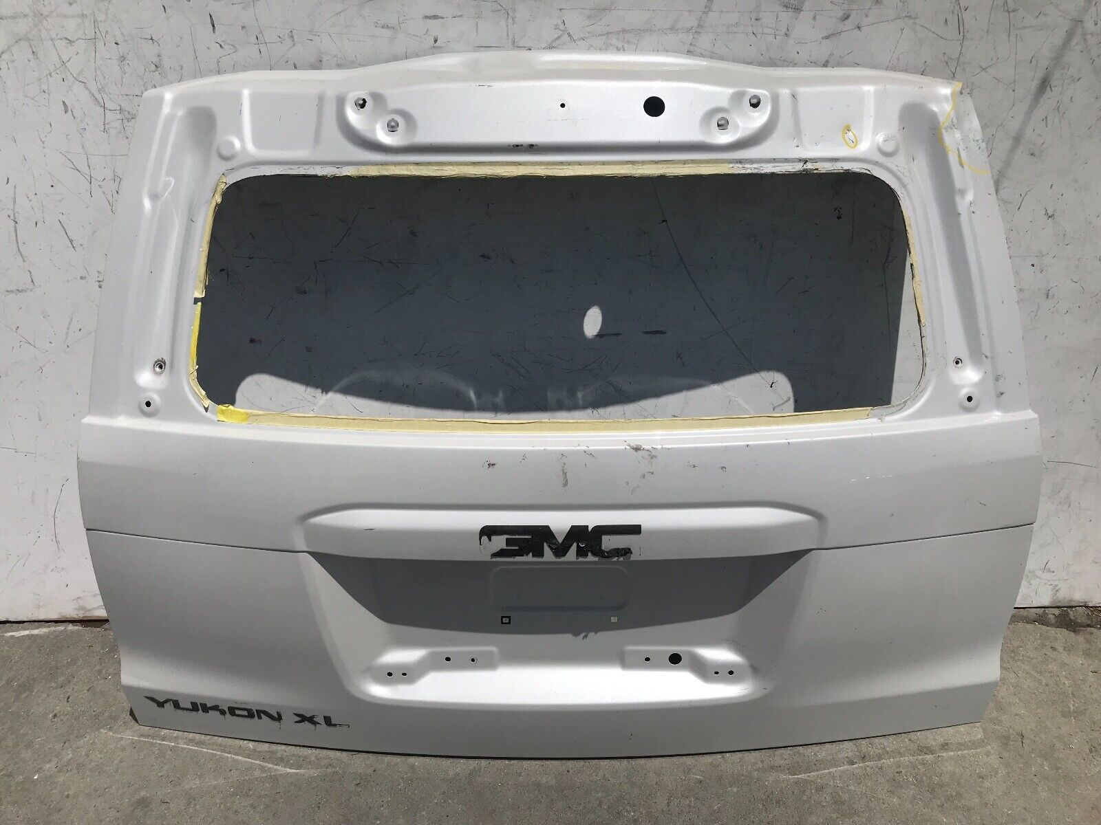 Used Chevrolet Suburban Tailgates and Liftgates for Sale