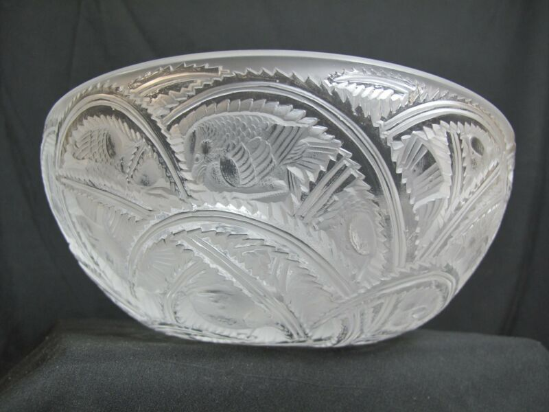 "LALIQUE France Crystal PINSONS Frosted Glass BIRD Design 9.25"" Bowl"