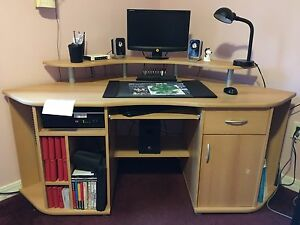 Corner Computer Desk - great condition