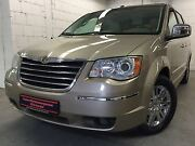Chrysler Grand Voyager 4.0 Town & Country L U X U S pur!!