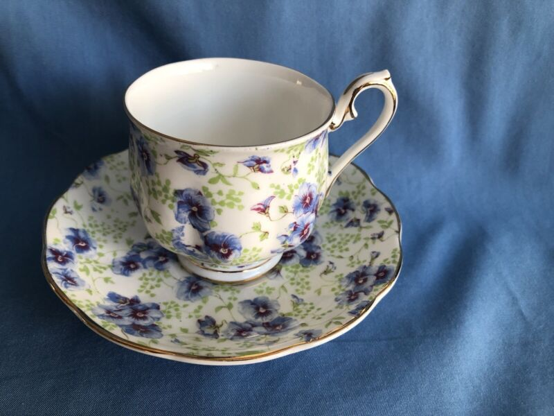 Footed TEA CUP & SAUCER ROYAL ALBERT BLUE PANSY CHINTZ Bone China