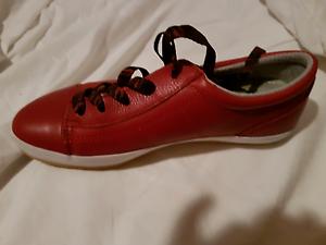 Zierra red urban walking shoe, size 37 Marrickville Marrickville Area Preview