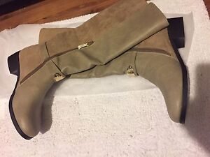 BRAND NEW GUESS BOOTS!!!!