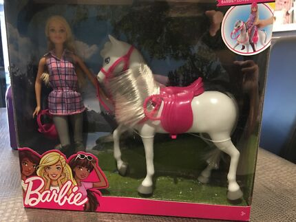 Barbie and Horse Set BRAND NEW