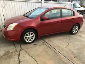 2011 Nissan Sentra SL 2.0L xtronic cvt. AWESOME SHAPE!! CLEAN