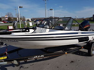 Fish and ski 17 foot Javelin with 115hp  e-tec and trailer