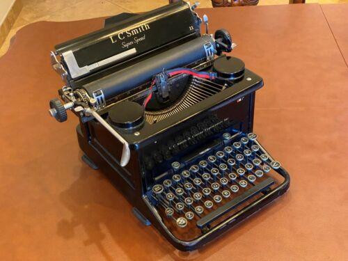 L C Smith & Corona Super Speed 1930s all Black Antique Typewriter