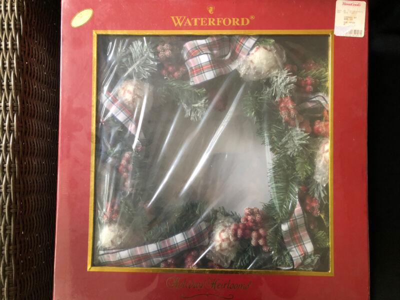 WATERFORD Holiday Heirlooms White Stewart WREATH / Brand New In Box