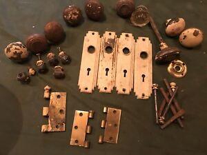 Poignées ,serrures divers antique (portes)