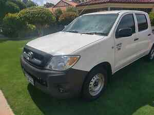 SR Toyota Hilux auto low kms Duncraig Joondalup Area Preview