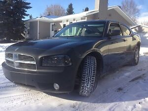 Dodge Charger 08' low mileage!