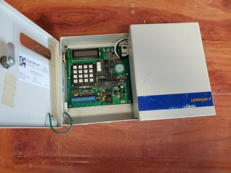 PCI LIGHTING CONTROL SYSTEM LITE KEEPER Litekeeper 4 Model LK4 120 VAC 277VAC