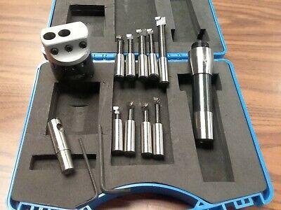Neutral Cut Sandvik Coromant A570-3C D16 10-25 Silent Tools Steel Cylindrical shank to CoroTurn SL damped adaptor
