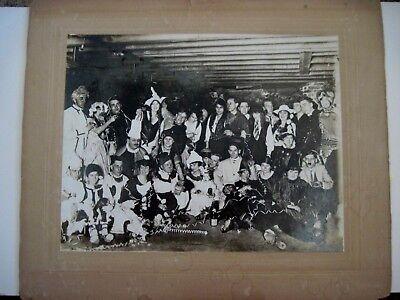 B&w Halloween Kostüme (Große 1940-15.2ms B&w Fotografie von Halloween Party mit / Kostüme)
